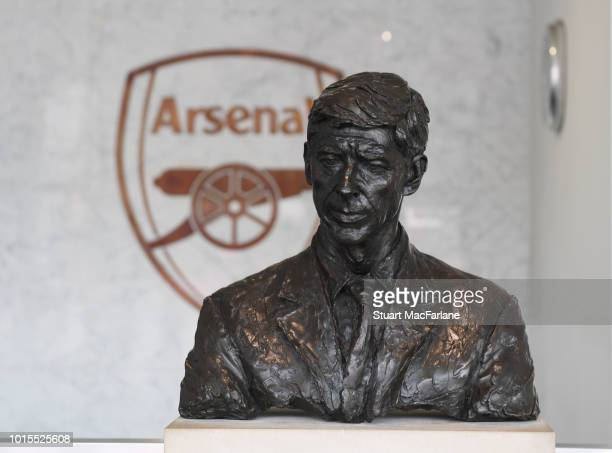 Bust of former Arsenal manager Arsene Wenger in the Directors entrance before the Premier League match between Arsenal FC and Manchester City at...