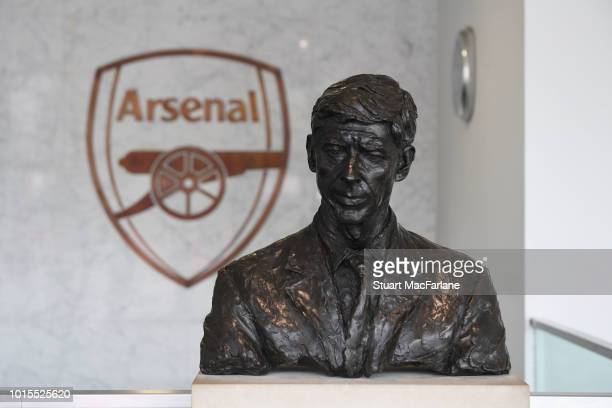Bust of former Arsenal manager Arsene Wenger in the Directors entrance beofre the Premier League match between Arsenal FC and Manchester City at...