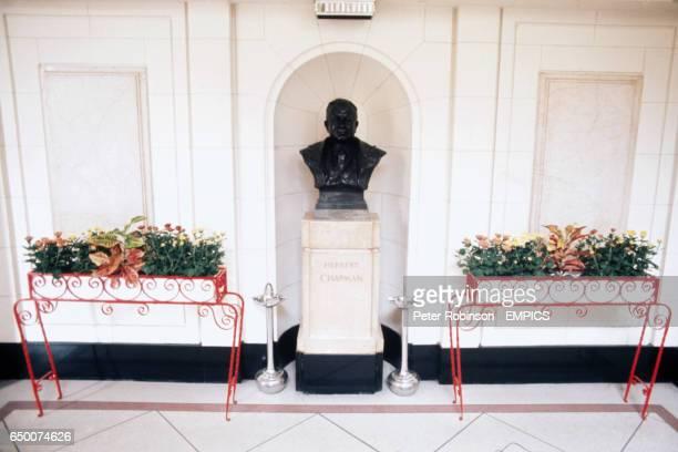 Bust of Herbert Chapman