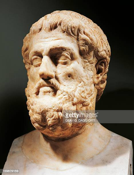 Bust of Sophocles , Athenian playwright. Roman sculpture in marble from the imperial era.