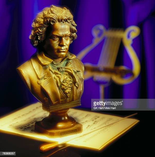 bust statue of beethoven - beethoven stock pictures, royalty-free photos & images