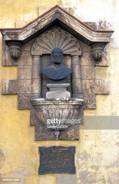Buste de Cirilo Villaverde à la Havane dans le quartier de la Habana Vieja Cuba