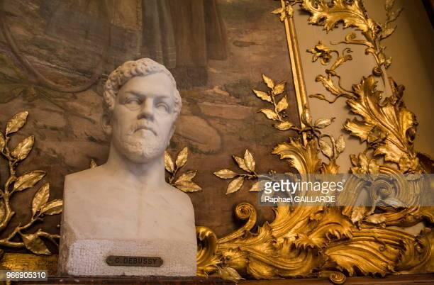 Buste de Claude Debussy OpéraComique le 22 octobre 2014 Paris France