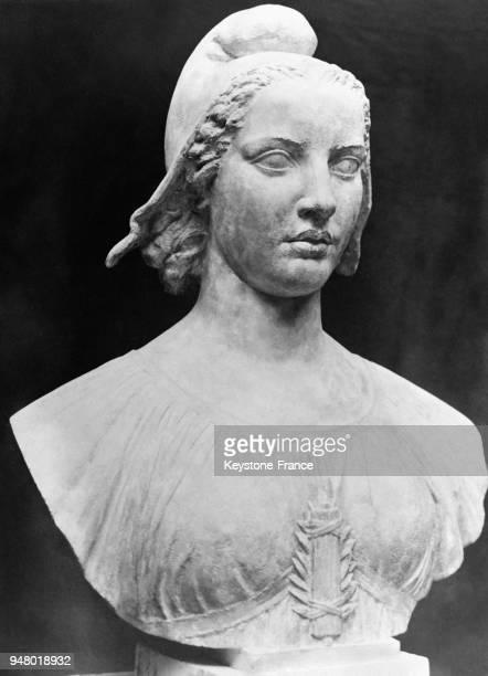 Buste de la nouvelle 'Marianne' en France en 1933