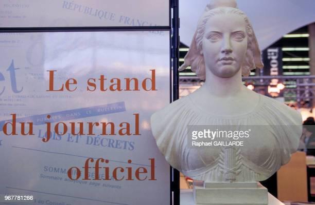 Buste de Marianne au salon du livre le 27 mars 1996 à Paris France