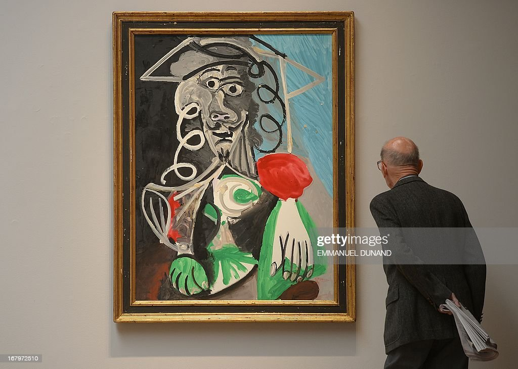 'Buste d'homme' by Pablo Picasso is on display during a preview of Sotheby's Impressionist and Modern Art sales in New York on May 3, 2013. Sotheby's is scheduled to hold its Impressionist and Modern Art sales May 7. AFP PHOTO/Emmanuel Dunand ++RESTRICTED