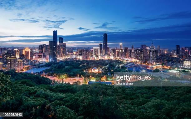 bustling city - província de guangdong - fotografias e filmes do acervo