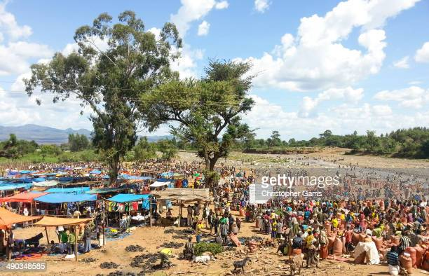 Bustling crowd at a rural Konso market in the Omo Valley.