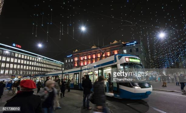 Busy Christmas shoppers in Zurich city