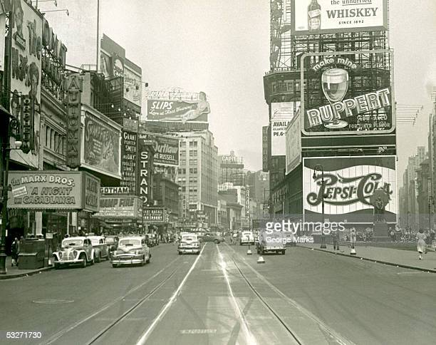 busy city street with traffic - 20th century stock pictures, royalty-free photos & images