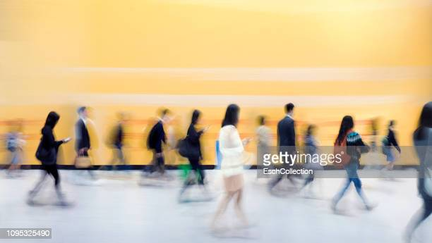 busy colorful morning commute in hong kong - immagine mossa foto e immagini stock