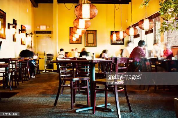 busy dinner restaurant