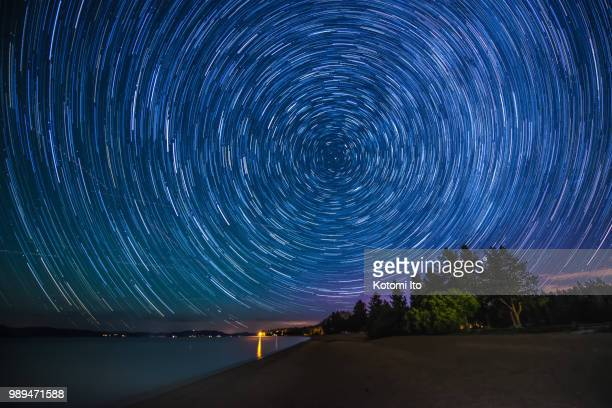 busy night sky - long exposure stock pictures, royalty-free photos & images