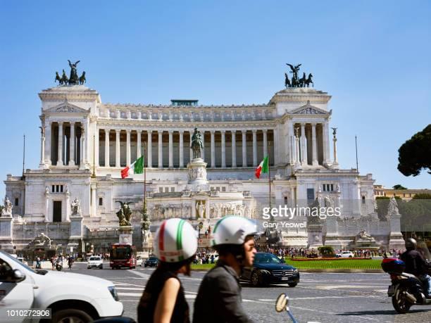 Busy road by Altare della Patria in Rome