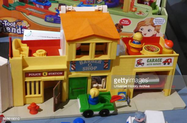 Busy sounds' plastic toy buildings with sound effects 2015