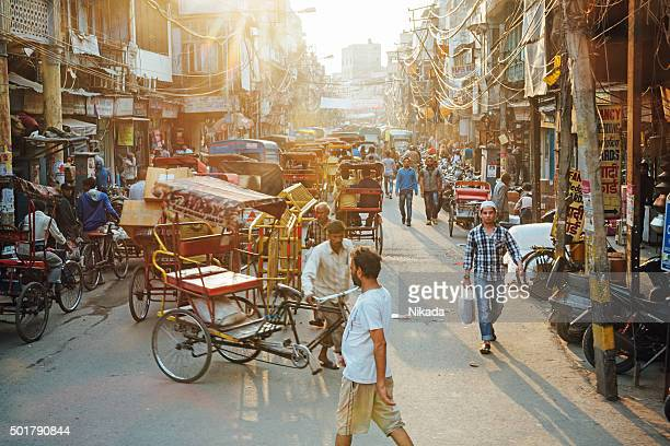 busy street in new delhi - delhi stock pictures, royalty-free photos & images