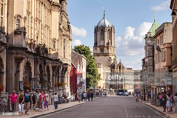 a busy street in oxford - oxford england stock pictures, royalty-free photos & images