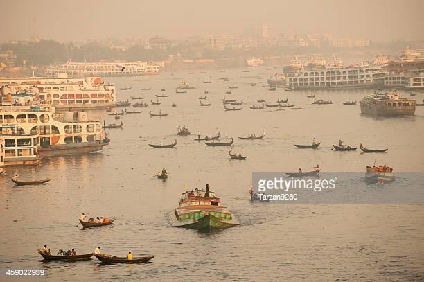 busy traffic on buriganga river, dhaka, bangladesh - dhaka stock pictures, royalty-free photos & images