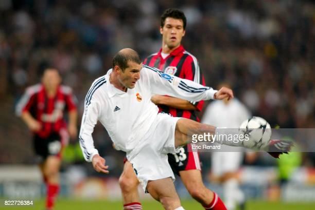 But de Zinedine ZIDANE Real Madrid / Bayer Leverkusen Finale Champions League 2002