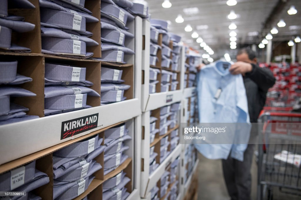 Inside A Costco Wholesale Store Ahead Of Earnings Figures : News Photo