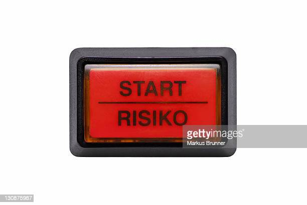 Button labelled with Start and Risiko, German for Risk