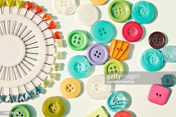 buttons and heart tipped pins - catherine macbride imagens e fotografias de stock