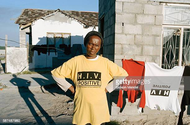 Buyiswa Gcwaba an HIVpositive woman with 7 children pictured when she was ill with a CD4 count of 16 Sadly she died in November 2003 despite...