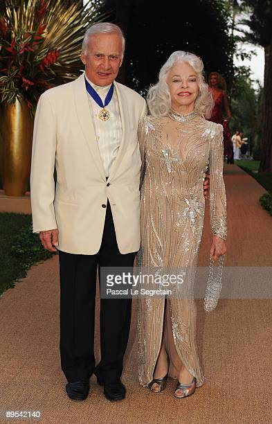 Buzz Aldrin and wife Lois attend the 61st Monaco Red Cross Ball at the Monte Carlo Sporting Club on July 31, 2009 in Monte Carlo, Monaco.