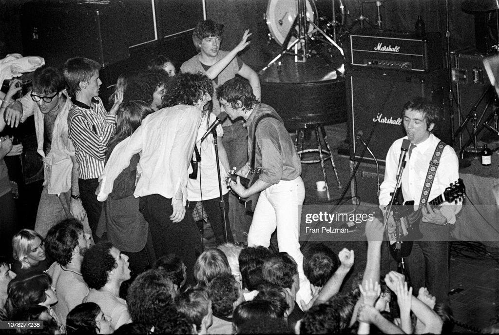 Buzzcocks Performing at Club 57 in NY : News Photo