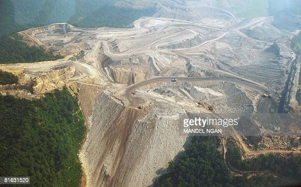 STORY by Virginie MONTET USAenvironmentenergypollution A June 13 2008 photo shows a large mountaintop coal mining operation in West Virginia...