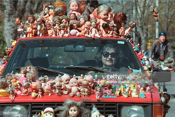 Andrew Stawicki SourceToronto Star Staff StatusPurge Archived/LibraryNo Date Indexed200005051515 Shoot Date200005031000 Orig FilenameDoll car...