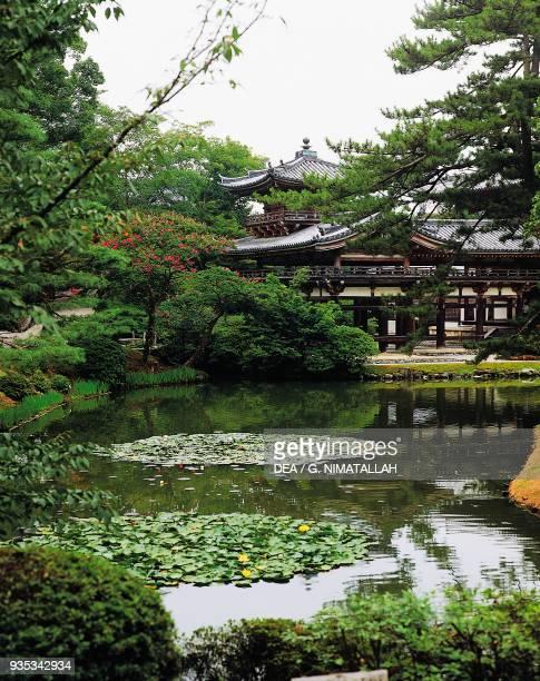 Byodo-in, Buddhist temple Heian period, Uji, Kyoto . Japan, 11th century.