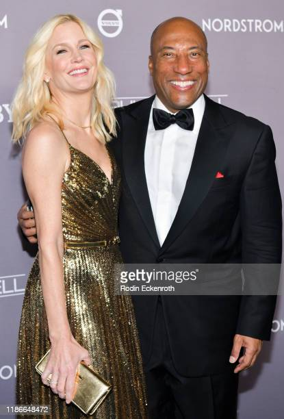Byron Allen and Jennifer Lucas attend the 2019 Baby2Baby Gala Presented by Paul Mitchell at 3LABS on November 09, 2019 in Culver City, California.