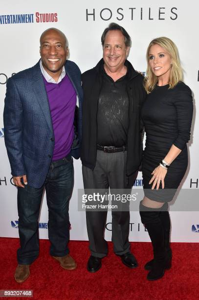 Byron Allen Jon Lovitz and Cheryl Hines attend the premiere of Entertainment Studios Motion Pictures' 'Hostiles' at Samuel Goldwyn Theater on...