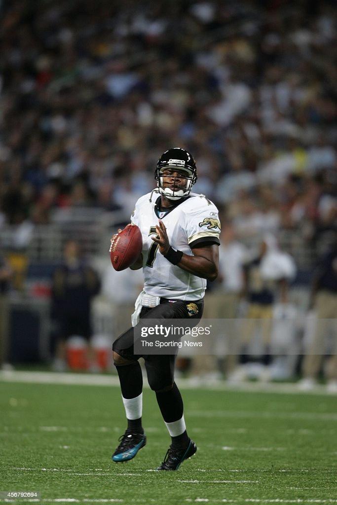 Jacksonville Jaguars vs St. Louis Rams : News Photo