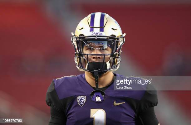 Byron Murphy of the Washington Huskies warms up before the Pac 12 Championship game against the Utah Utes at Levi's Stadium on November 30 2018 in...