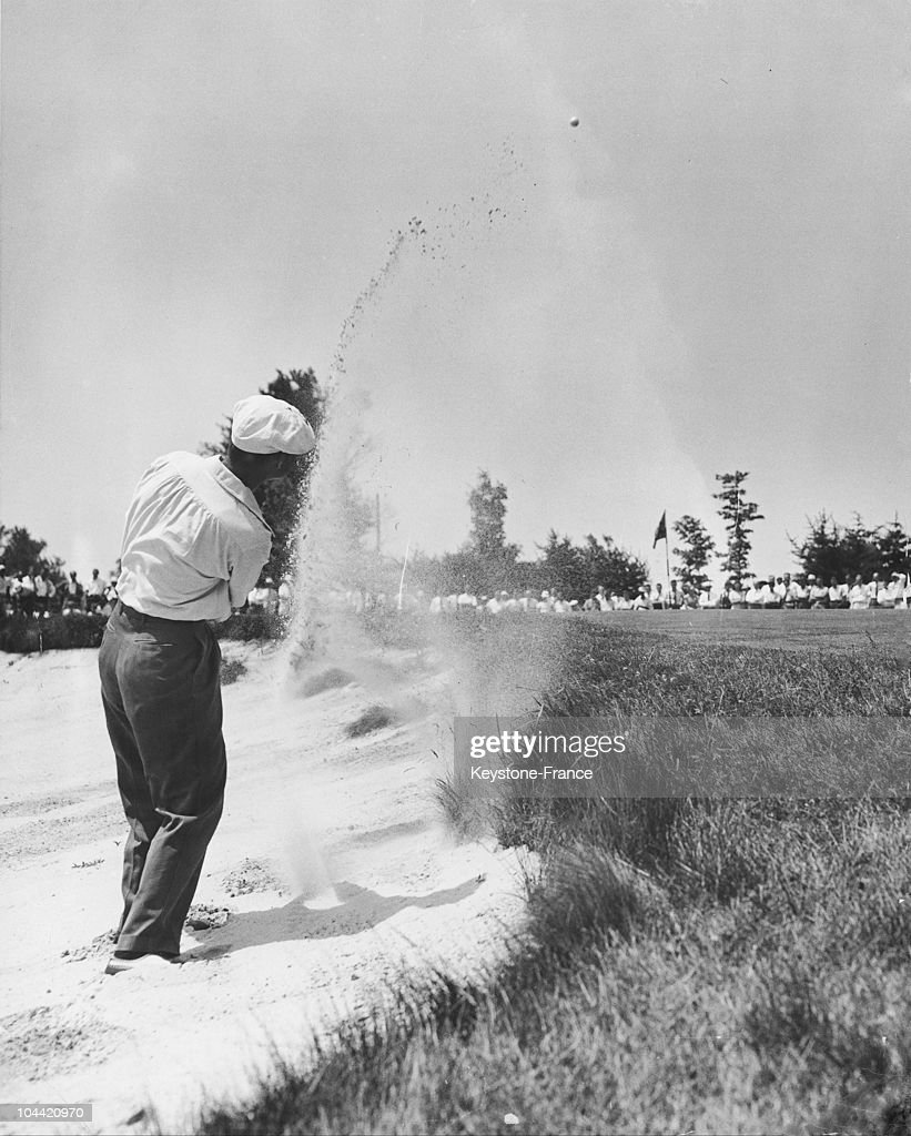 Byron Nelson At The National Open Golf Championship Of Usa : News Photo