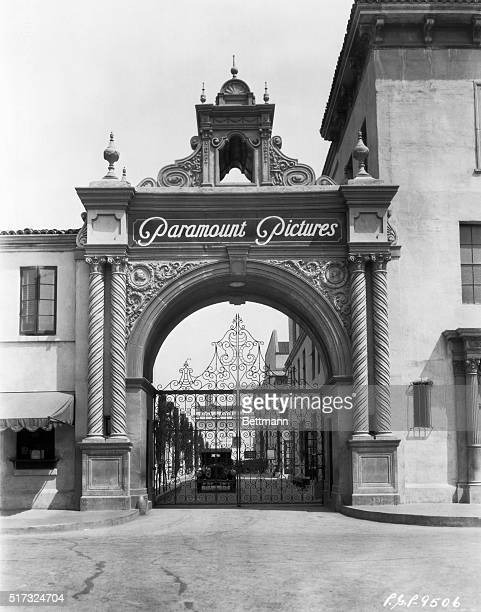 Ca. 1920: Hollywood, CA: Front gate to Paramount Studios. Photo.