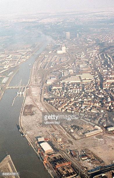 GER ca 1958 Frankfurt Main / Luftaufnahme
