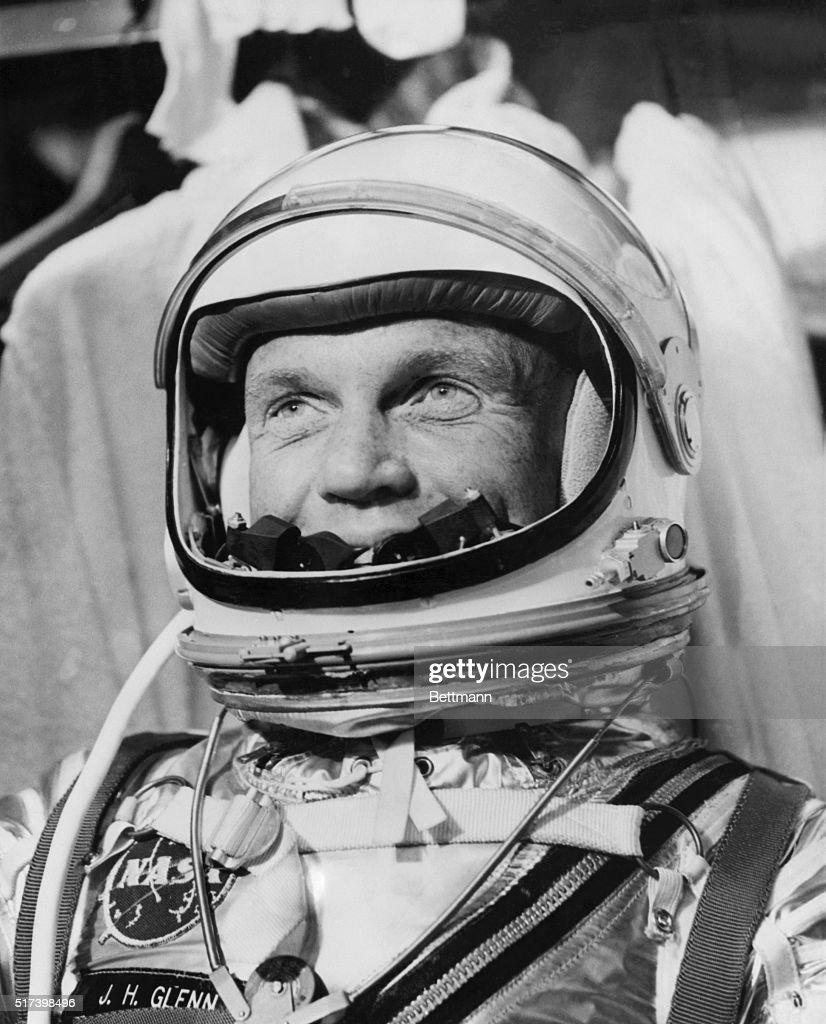 Astronaut John Glenn in Spacesuit : News Photo