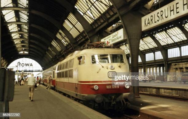 GER ca 1974 Bahnhof in Karlsruhe