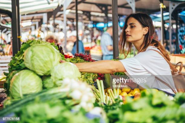 cabbage is healthy - market stall stock pictures, royalty-free photos & images