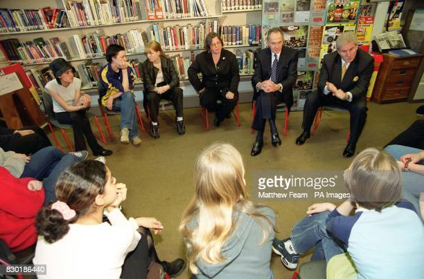 Cabinet Office Minister Dr Jack Cunningham and Antidrugs Coordinator Keith Hellawell during their visit to Camden School for Girls in London The...