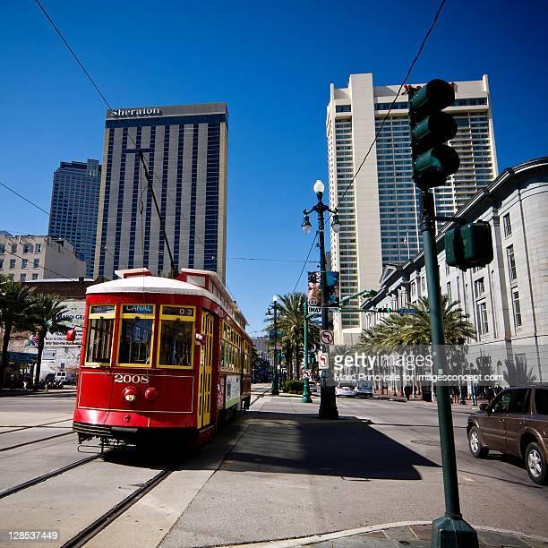 cable car - カナルストリート ストックフォトと画像