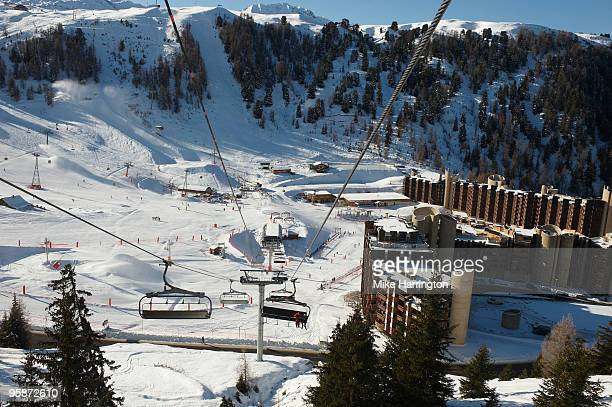 cable cars, la plagne - la plagne stock photos and pictures