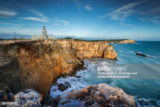 cabo rojo lighthouse - paisajes de puerto rico fotografías e imágenes de stock