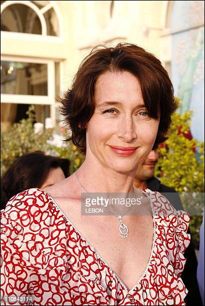 Cabourg Romantic Film Festival Closing Ceremony In Cabourg France On June 10 2006 French actress Anne Brochet