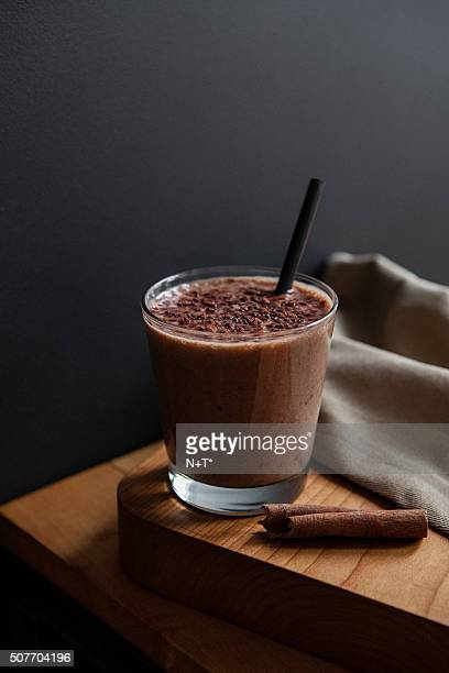 Cacao banana smoothie