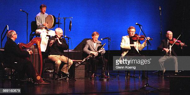 CAChieftainsGroup0501GK Chieftains Derek Bell on the harp Kevin Conneff on the bodhran Matt Malloy Flute Paddy Moloney on the Uileann Pipes Sean...