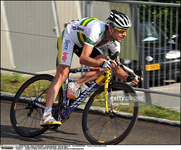 WORLD ROAD RACE CHAMPIONSHIPS ELITE MEN CADEL EVANS ATTACKS IN THE 2009 WORLD ROAD CHAMPIONSHIPS Cadel Evans